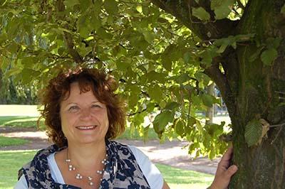 Corrie van de Sande: natuurgeneeskundig therapeut, homeopaat en astroloog